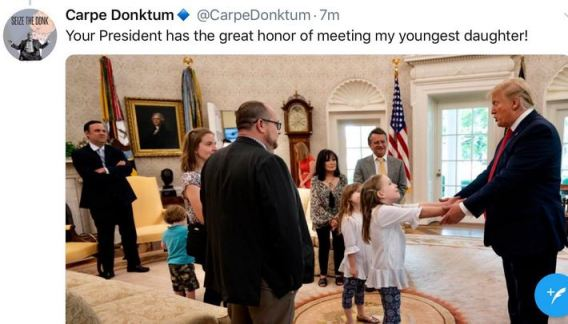 carpe donktum and family with trump.JPG