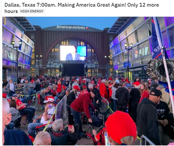 Dallas crowd.JPG