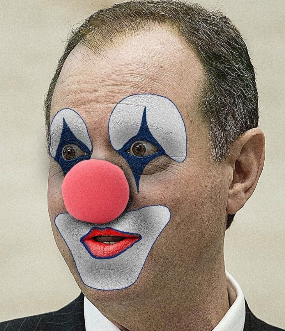clown schiff.jpg